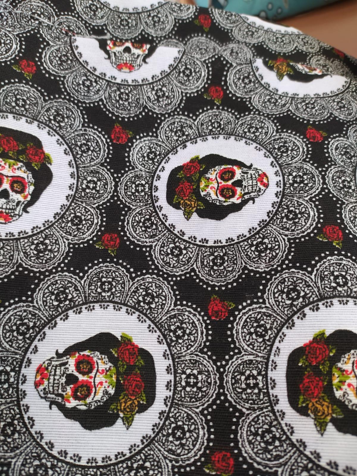 Calaveras mejicanas negras