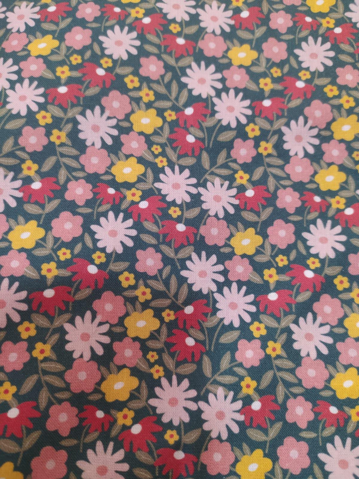 Variado flores rosas